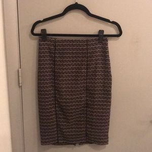 Grey and black patterned pencil skirt